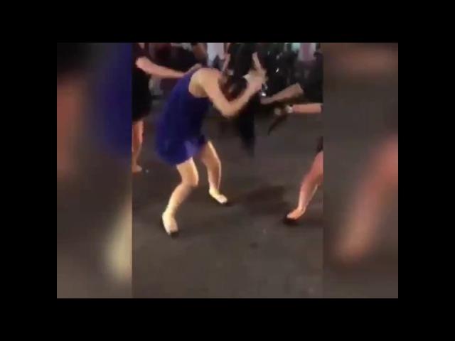 Kadın kadına bunu yapar mı - bu nasıl dövmek kemiklerini kırdılar