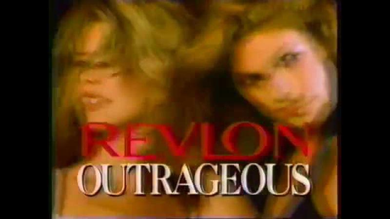 Синди Кроуфорд и Клаудия Шиффер в рекламе Revlon 1993