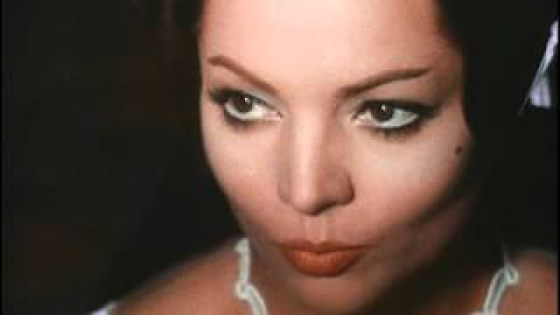 "«Короле́ва ""Шантекле́ра""»1962 (исп. La Reina del Chantecler)поет Сара Монтьель"