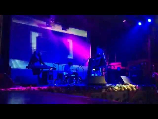 SYSTEMSHOCK - Danza Kuduro Tak Prosto part I (live@ANGAR 26.12.13)