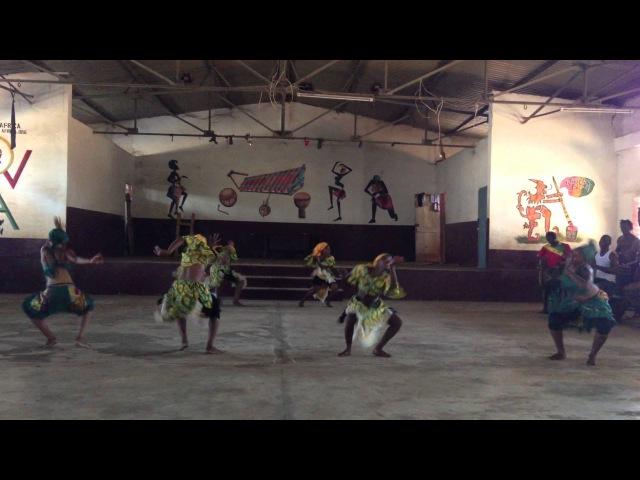 Ballet Merveilles Yankadi / Makru