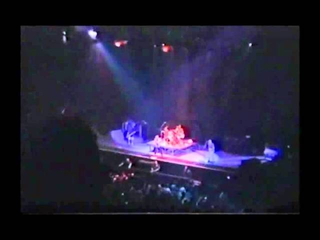 Alice In Chains - A Little Bitter - Kansas July 3rd 1996
