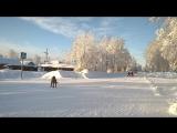 А у нас по Пушкину: Под голубыми небесами, ..., блестя на солнце, снег лежит