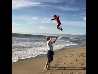 Алексей Воробьев: Счастливый сегодняшний день и счастливый саундтрек из моего фильма Папа 24.11.2017