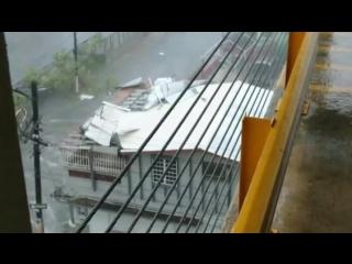 В Пуэрто-Рико 3,5 миллиона человек остались без электричества из-за
