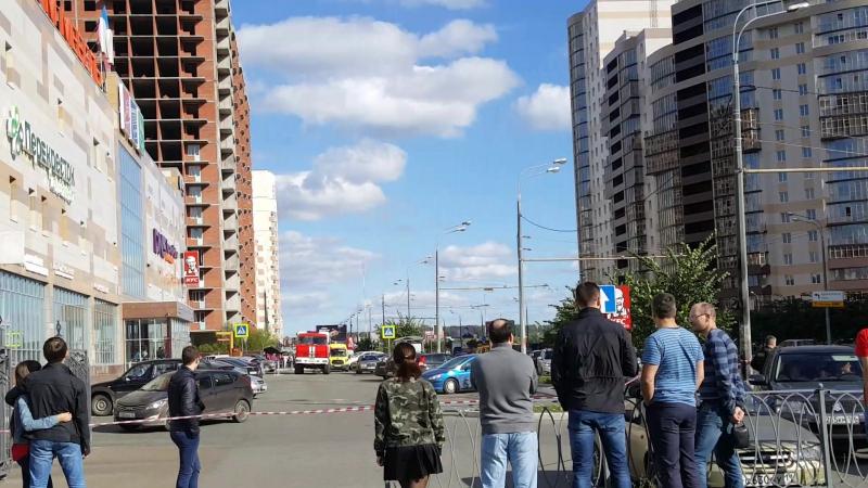 Эвакуация ТЦ «Миллениум-Мебель» на Чистопольской / 16 сентября