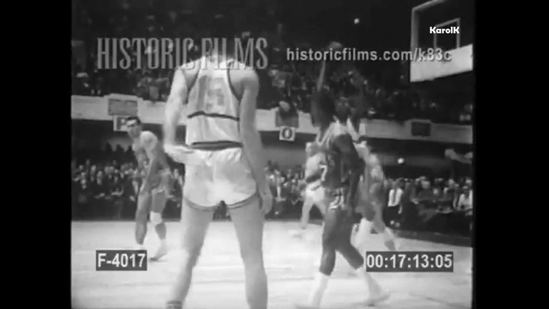 1959/60 St. Louis Hawks @ Philadelphia Warriors - Wilt Chamberlain 27 Pts!