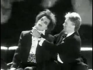 Queen - I'm Going Slightly Mad - Моя Любимая Группа Queen....И Мой Любимый Клип.....Смерть Всегда Ходит Рядом.....