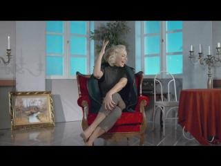 Lepa brena - zar je vazno da l' se peva ili pjeva (2017)