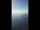 красивый вид из окна самолета, вершины гор при приближении к Анталии