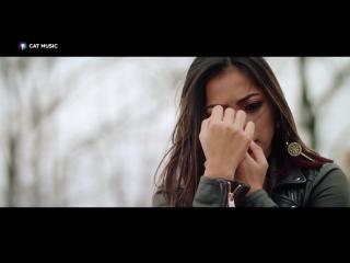 Jukebox  Bella Santiago - Auzi cum bate ♬❤ U music ❤♬