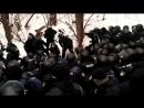 Поліція жорстко затримала протестувальників під Солом'янським судом у Києві.