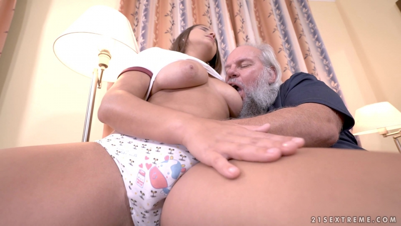 Olivia Nice Blowjob, Teen, Babes, Big Tits, Brunette, Old Young, One On One, Grandpa, Cumshot, Natural