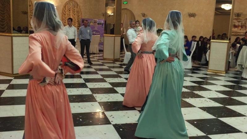 Танец невест, Harsi par KarenSevak Ансамбль Урарту