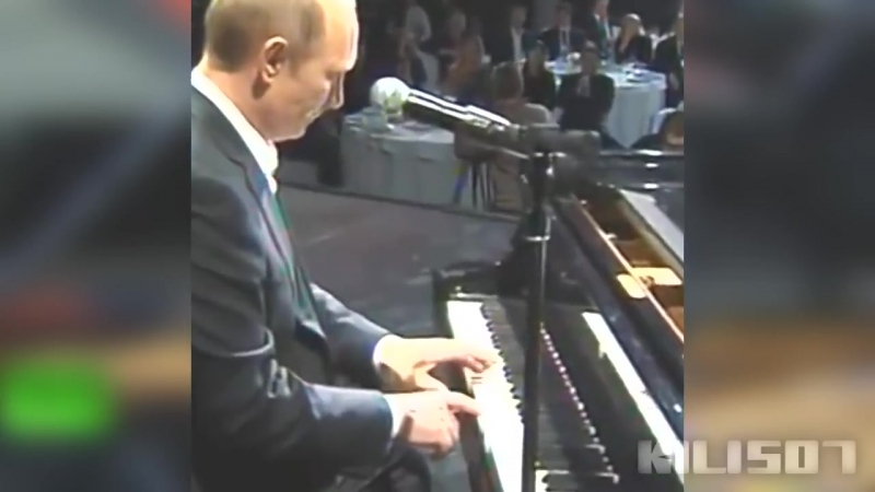 ✶Putin_-_Still_D.R.E._ft._Snoop_Dogg✶_-_Putin_play_the_piano_(✶Full_Version✶)_✶ORIGINAL✶.mp4