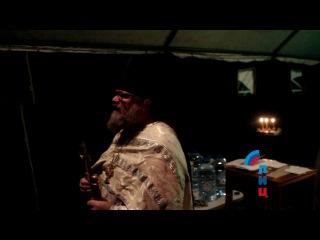 Священник луганского храма провел обряд водосвятия в полевом храме Народной ми ...