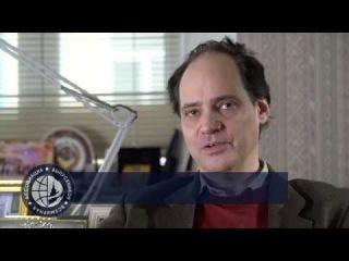 Выпускники России - Джулиан Генри Лоуэнфельд (США)