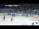 Моменты из матчей КХЛ сезона 1617  Опасный момент. Шумаков Сергей (Сибирь) выкатился на ворота и бросил в верхний угол 27.09