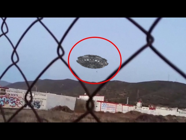 Here the Real Evidence of UFO Landing From Mexico !! UFO Compilation Video