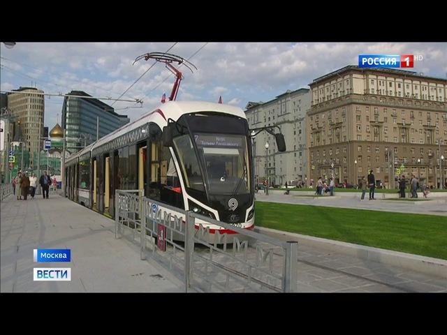 Вести-Москва • Трамваями у Белорусского вокзала уже воспользовались 240 тысяч пассажиров