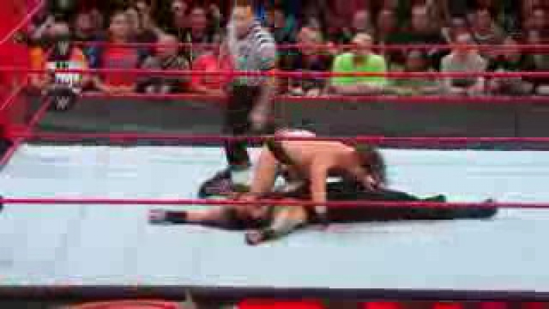 Roman Reigns Wins The Intercontinental Title. Raw 20.11.17