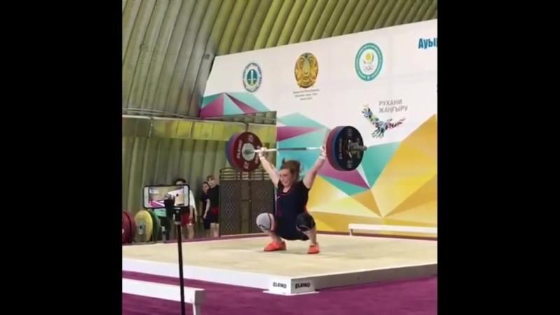 тем временем в Казахстане Лихачева Надежда Рывок 115 кг