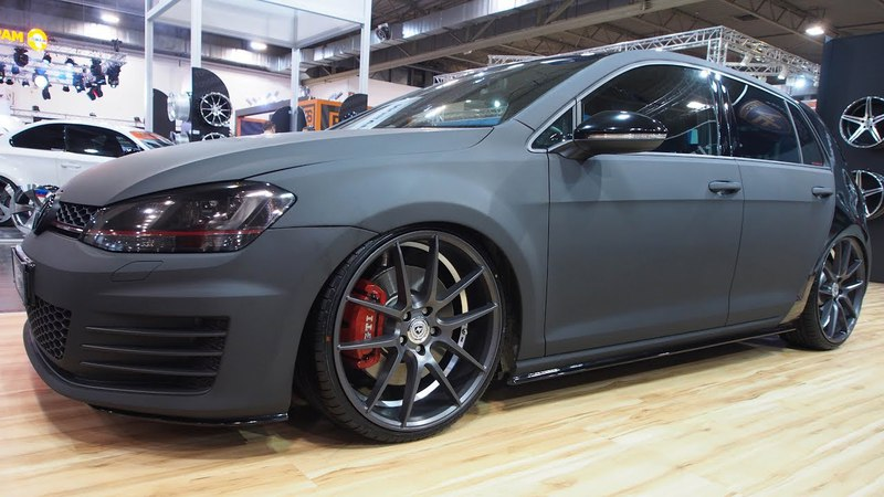 Volkswagen Golf 7R Black Artform a Fashion Statment MMConcepts - Exterior LookAround