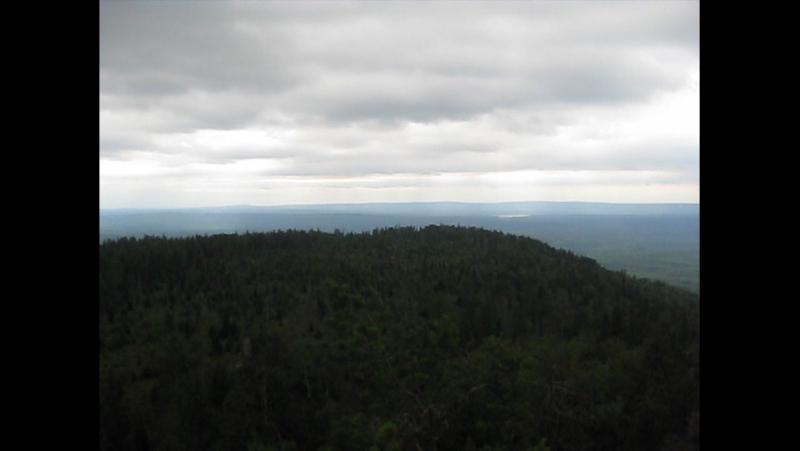 Виды с вершины Старик Камень ( Весёлые горы )