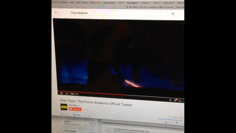 Fanboy's overreaction at starwars forceawakens trailer ... claymore lightsaber omggggg