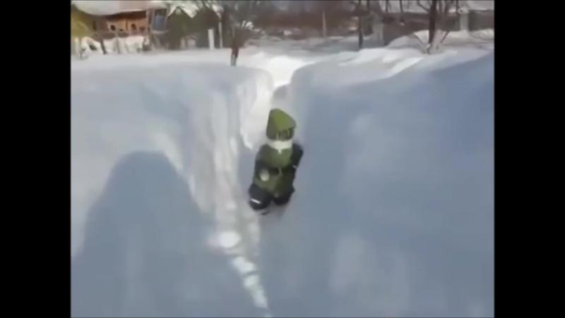 Ванька любит снег))