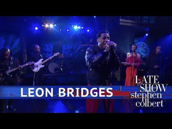 Leon Bridges Performs 'Beyond'
