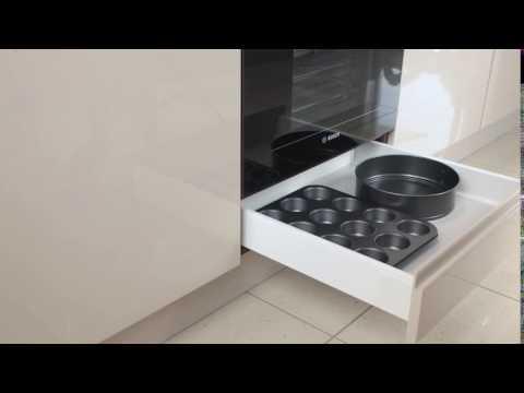 WFM KUCHNIE otwieranie szuflady pod piekarnikiem