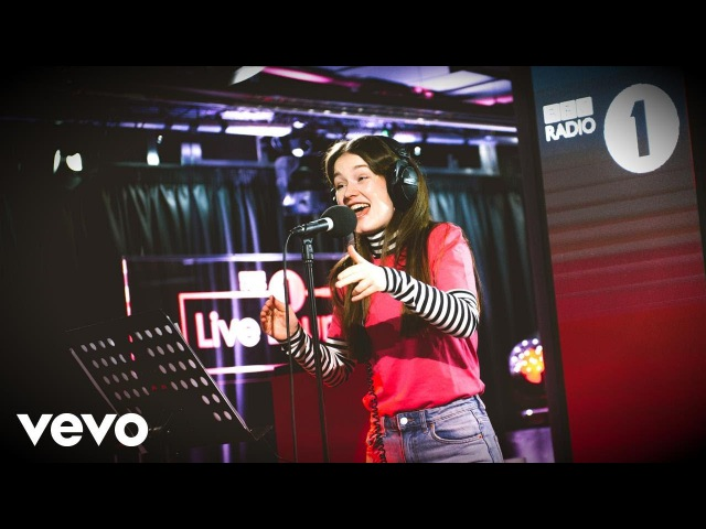 Sigrid - Anything Could Happen (Ellie Goulding cover) in the Live Lounge