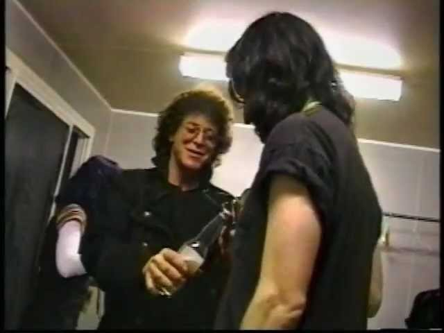 Lou Reed and Trent Reznor in backstage