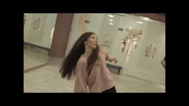 Кристина Суакис.Педагог школы танцев Brooklyn