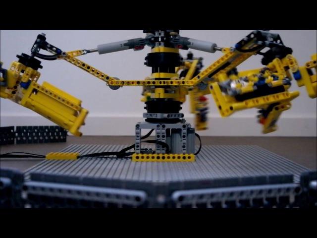 Lego Twister funfair with powerfunctions kermis kirmes ride Manège / Attraction Foraine en Lego