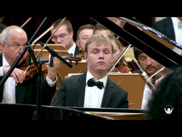 Олег Аккуратов / Рахманинов. Концерт №2 для фортепиано с оркестром