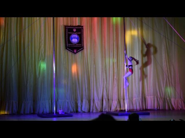 Атомухамедова Сніжана Олександрівна Royal Pole Dance POLE DANCE Діти 10 11 років аматори