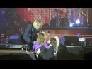 Цветы, подарки, поцелуи.... и всё это на концерте Олега Винника в Броварах 8.03.18
