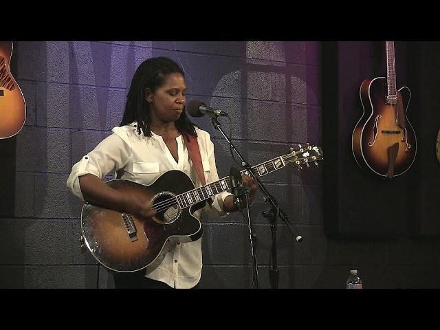Ruthie Foster - What are you Listening to - Live at McCabe's