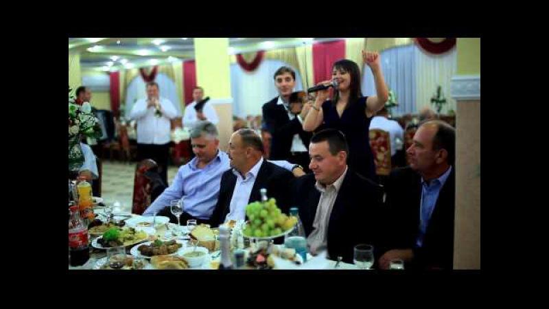 Tatiana Jacot Sandu Rotaru Dorin Buldumea Vitalii Lapteanu s a la nunta in Voloca 3