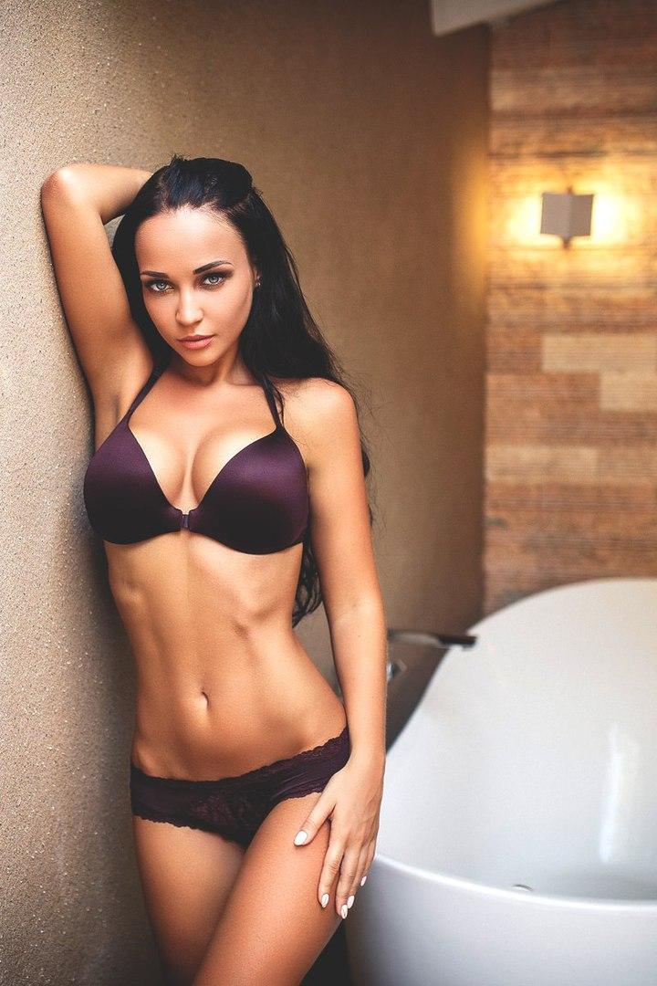 Porno tube Krystle Michaud une quebecoise