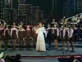 Людмила Сенчина и БДХ - Камушки (Песня-78)