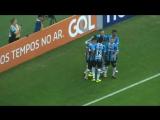 Это бразильский футбол!