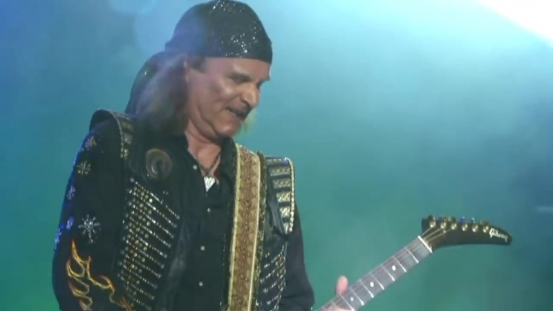 Running Wild - Fistful of DynamiteBad to The Bone - Masters of Rock 2017