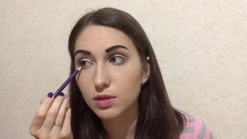 Как УВЕЛИЧИТЬ ГЛАЗА в макияже