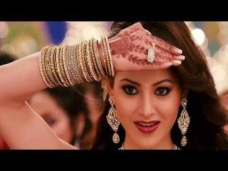 Ghar Aaya Mera Pardesi Medley Song Dream Sequance Nargis Raj Kapoor Awaara Lata Hits