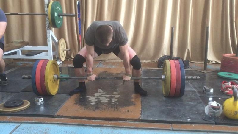 Мещеряков Сергей становая тяга 200 кг на 10 раз