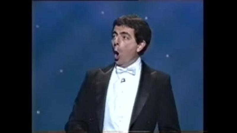 Mr Bean sings in German
