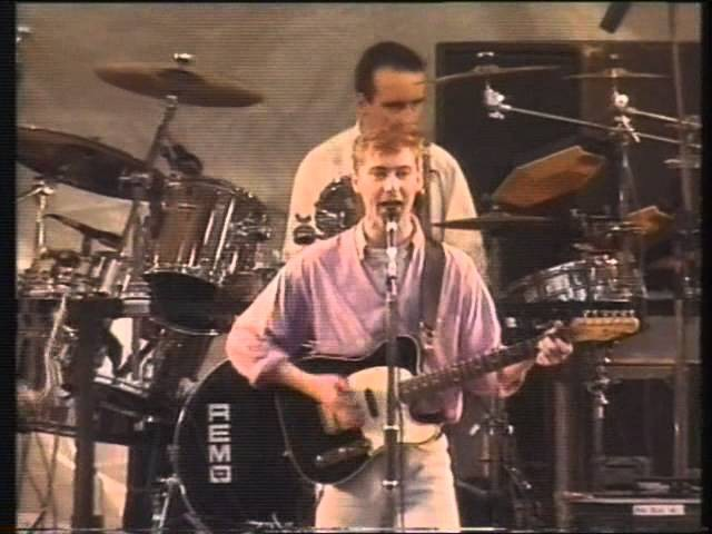 Aztec Camera Oblivious Somewhere In My Heart Live ParkPop MTV 31 07 88